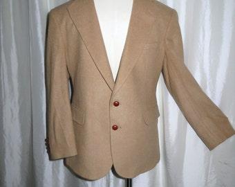 Vintage mens jacket, blazer, sport coat,, sports jacket Evan Picone camel wool, leather buttons size 42 43