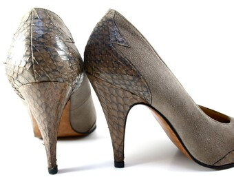 Vintage MANNEQUIN ItalyTaupe Python Snakeskin and Suede Leather Stiletto Pumps 9