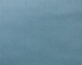 SALE / Blue white pinstripe / Makower Locally Grown / Patchwork quilting / fat quarter
