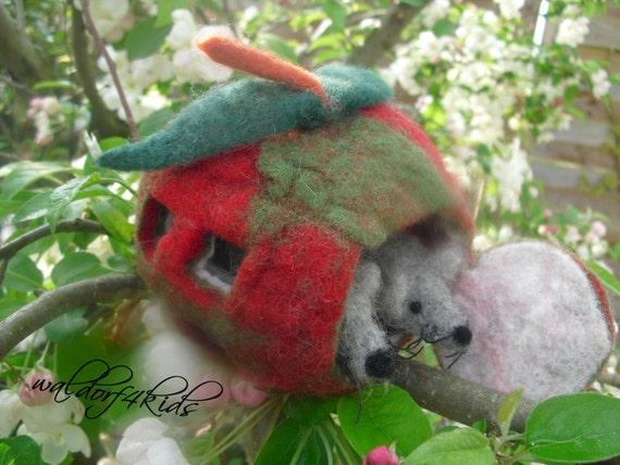 OOAK Needle felted apple house with 2 mice- the apple house- apple with door and window- wedding gift idea- needle craft