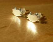 Cute cat earring stud - 925 Sterling Silver
