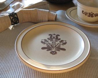 Vintage Pfaltzgraff Village Earthtone Dessert or Salad Plate