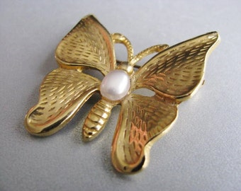 Vintage Goldtone Butterfly Brooch - Vintage Butterfly Pin - Unique Brooch