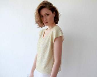 Front sequin Cream color sparkling top, with short sleeves 2044