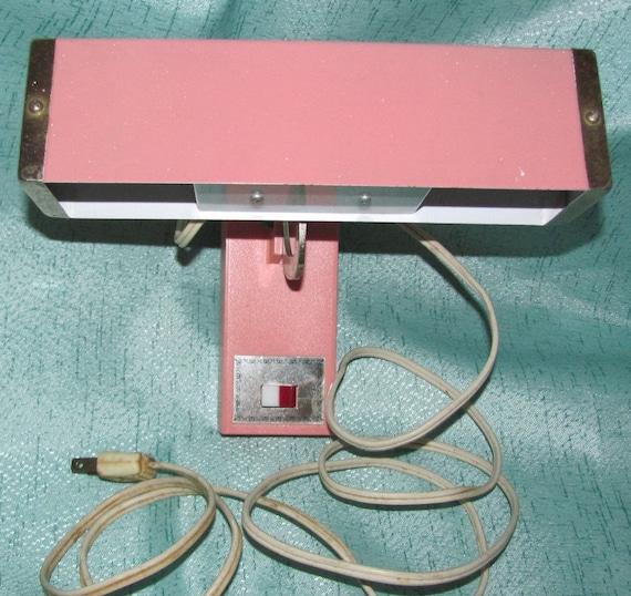 Hanging Reading Light: Vintage Pink Bed Hanging Reading Light Lamp