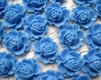 Resin Rose / 6 pcs Medium Pastel Blue Resin Flowers / Rose Cabochons 18mm x 16mm