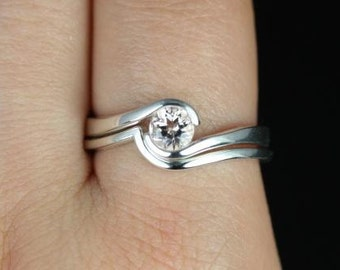 Vadim 5mm 14kt White Gold Round Morganite Single Twist Wedding Set (Other metals and stone options available)