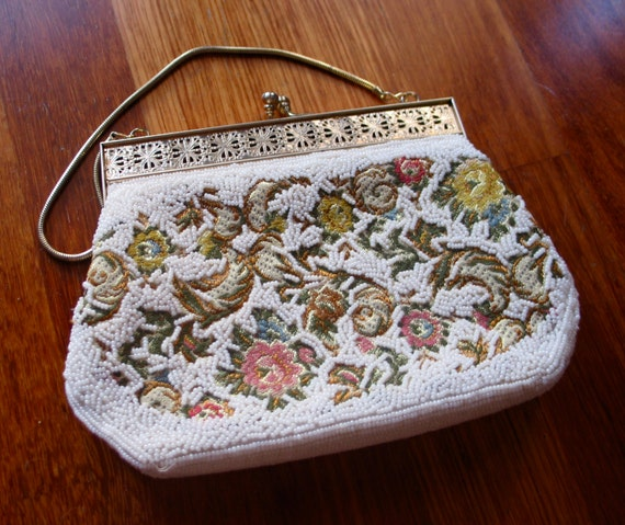 Vintage 1950s Beaded Floral Handbag
