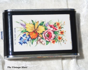 FREE SHIPPING Lovely Vintage 1970s Musical Dandy Mate Powder Compact Mirror Cigarette Holder