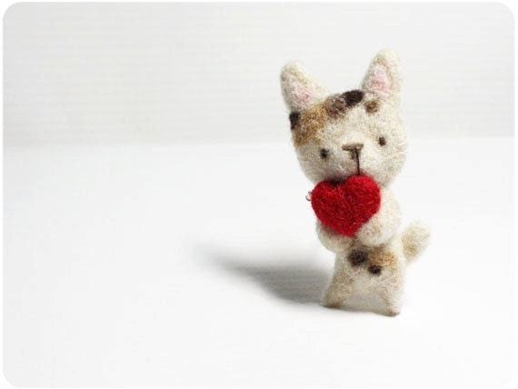 Coco Cat - needle felted wool brooch, crystal bead