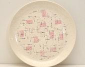 "Vernonware Tickled Pink 10"" Large Dinner Plate Geometric Atomic Retro 1950s 1960s Ceramic ANTIQUE/VINTAGE"
