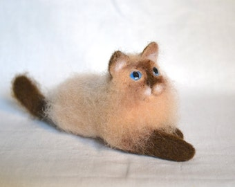"Felt cat, ""Lucy"" Felt toys Needle Wool Animals Sculpture Portrait Felted Kitten Handmade gift.... I will make this item for your order"