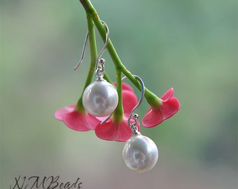 White Majorca Pearl Simple Dangle Earrings in Sterling Silver, Wedding jewelry, Bridal Jewelry