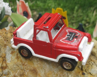 Tootsie Red Jeep Made in the USA ,Tootsie Jeep,Metal Die Cast Jeep,Vintage Toy Jeep, Tootsie Toys,Vintage Toys, Vintage Toy Cars,  :)