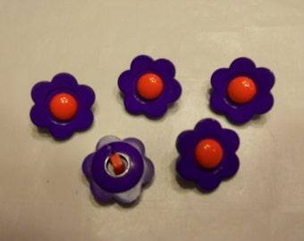 5 dark purple red center flower buttons, 20 mm (30)