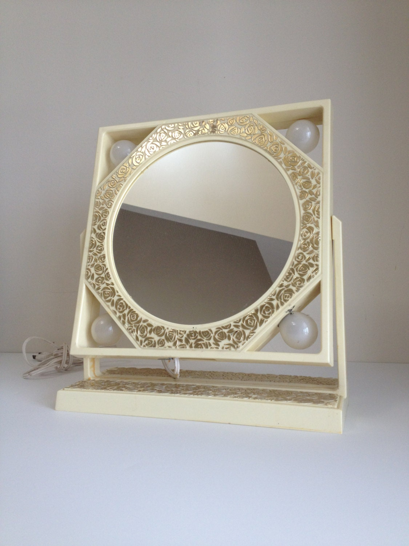 vintage vanity mirror off white lighted vaniy mirror. Black Bedroom Furniture Sets. Home Design Ideas