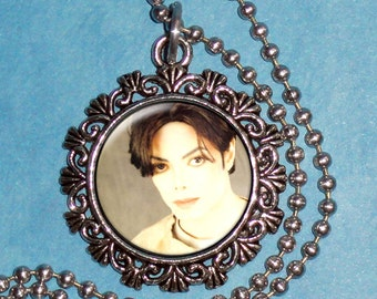 Michael Jackson Art Pendant,  The King of Pop Resin Art Pendant, Photo Pendant by Yessijewels