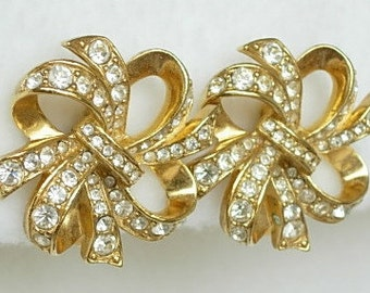 KJL Bow Earrings Sparkly Vintage Kenneth Jay Lane for Avon Gold Tone Clip On Clear Rhinestones Bows Ribbons Dazzling Excellent Condition