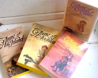 Anne of Green Gables Books, Lucy Maud Montgomery, 3 volumes in one collection, Anne of Avonlea, Anne of the Island