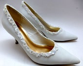 White or bone wedding pumps with iridescent spangles womens size 6 and a half
