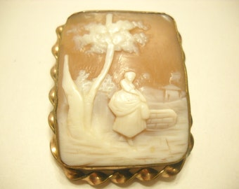 Victorian Hand Carved Shell SCENIC CAMEO BROOCH, Woman in Village (2599)