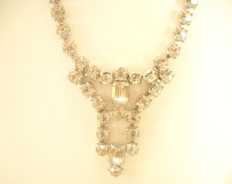 """Vintage 15"""" RHINESTONE CHOKER NECKLACE---Sparkly, and oh, so pretty (3426)"""