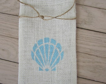Burlap wine bag with hand stenciled shell