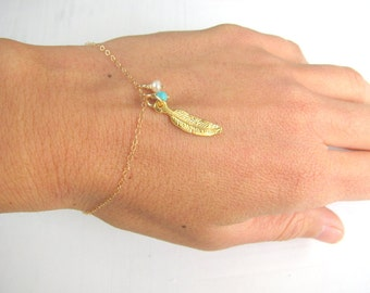 Feather charm bracelet, gold bracelet, turquoise bracelet, gold feather bracelet turquoise and pearl, available in silver