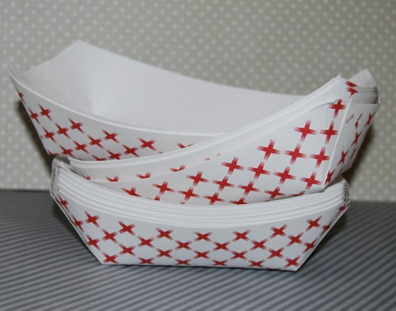 Make A Boat From Hot Dog Tray