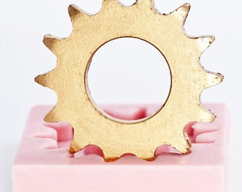 Silicone Mold - Large Gear Mould for resin, clay, sculpey, fimo, steam punk gothic embellishments  (801)