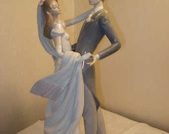 Lladro, Daisa 1986, I Love You Truly, Dancing Bride and Groom