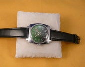 """USSR  """"ZIM"""" wrist watch 1960-70 Green dial interesting  Rare Very Very Good condition"""