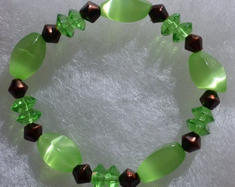 Peridot-Bronze Beaded Bracelet