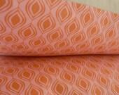 Peach and Pink Geometric Throw Cushion Cover - Medium