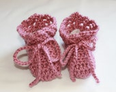 Baby Shoes - Crochet Baby Booties in Pink - Size 3 to 6 Months - Girl