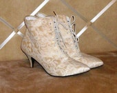 Steampunk Victorian Boots Cream-color with white lace Sweetheart pencil heel
