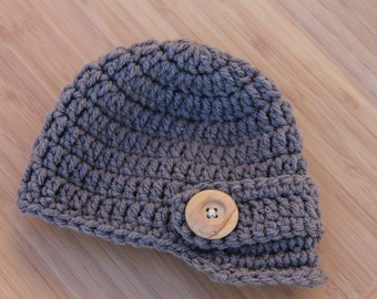 Crocheted newsboy cap - Newborn photography prop