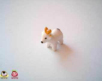Miniature Ceramic Goat Figure, goat figurine, ceramic animal, animal figurine, miniature goat, little animal, animal figurine, white, mini
