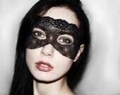 Dark Romantic Burlesque Mask