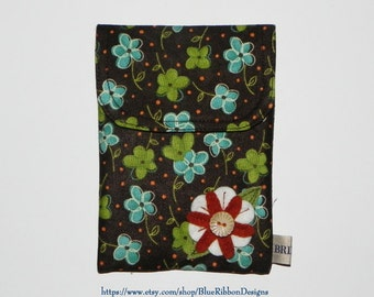 Sewing Case - Needlework Pouch with Wool Felt Flower Embellishment