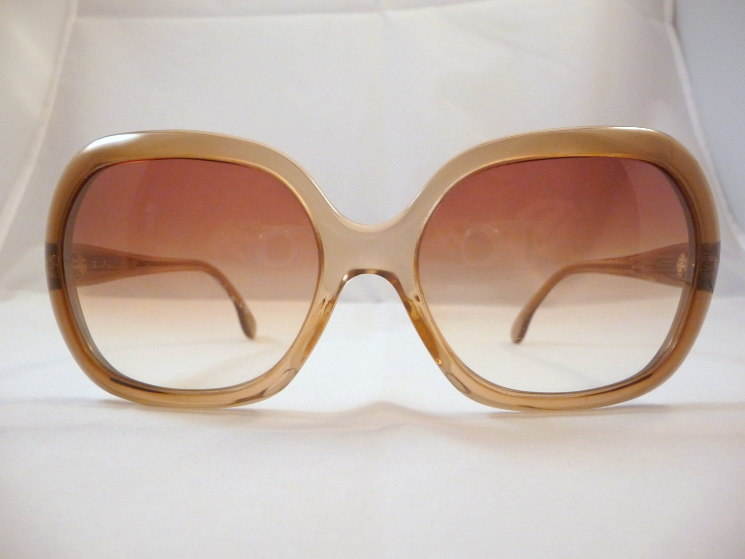 Oversized Vintage greenish Sunglasses 1970s by vintagevision80