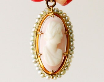 Antique shell cameo pendant in 10K gold with genuine seed pearls, Edwardian Era fine jewelry