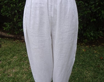 Full Crop Pant, with bottom cuff,100% Linen.