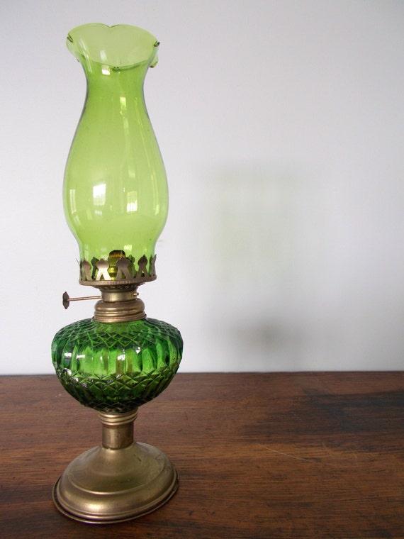 Vintage Emerald Green Glass Chimney Oil Lamp On Metal Pedestal