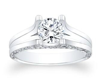 Ladies Platinum split band engagement ring 0.50 ctw G-VS2 diamonds with 1.00ct Round White Sapphire Ctr