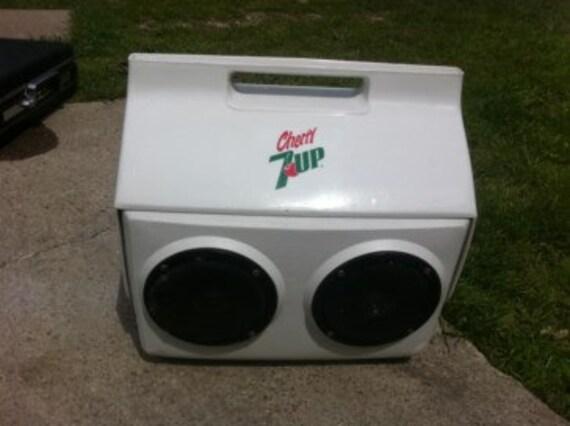 Vintage Retro Igloo Playmate Kool Tunes Cherry 7up Cooler Ice