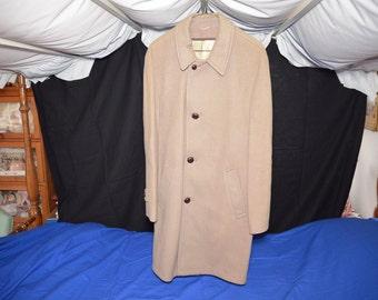 ON SALE  Mens Dress Coat Size 40 100% Wool
