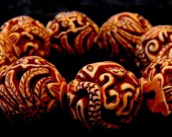 Dragon and Phoenix Carved Plastic Beads Stretch Bracelet