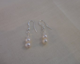 Pearl earrings with Swarovski element