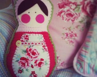 Matryoshka Cushion: A Crochet PDF Pattern